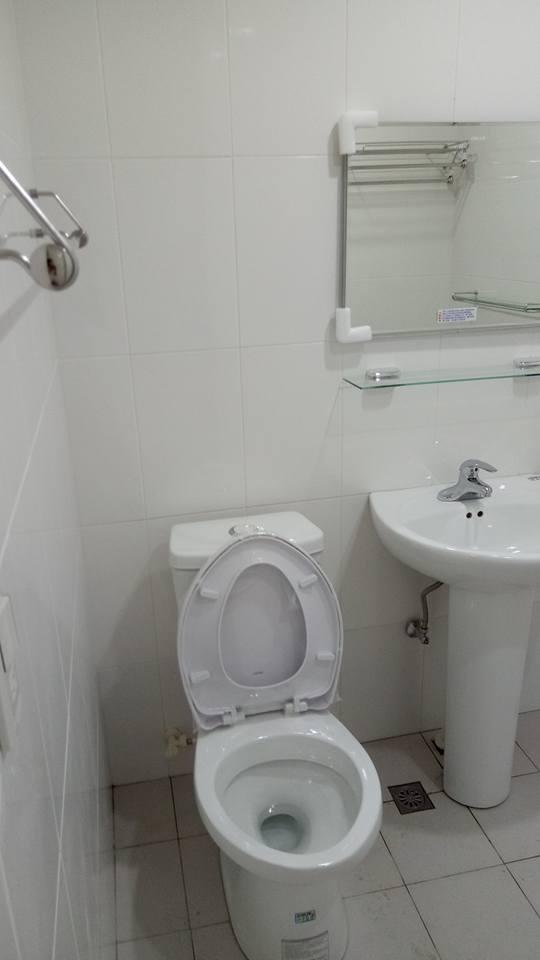 台北市住家浴室整修,貼磚工程