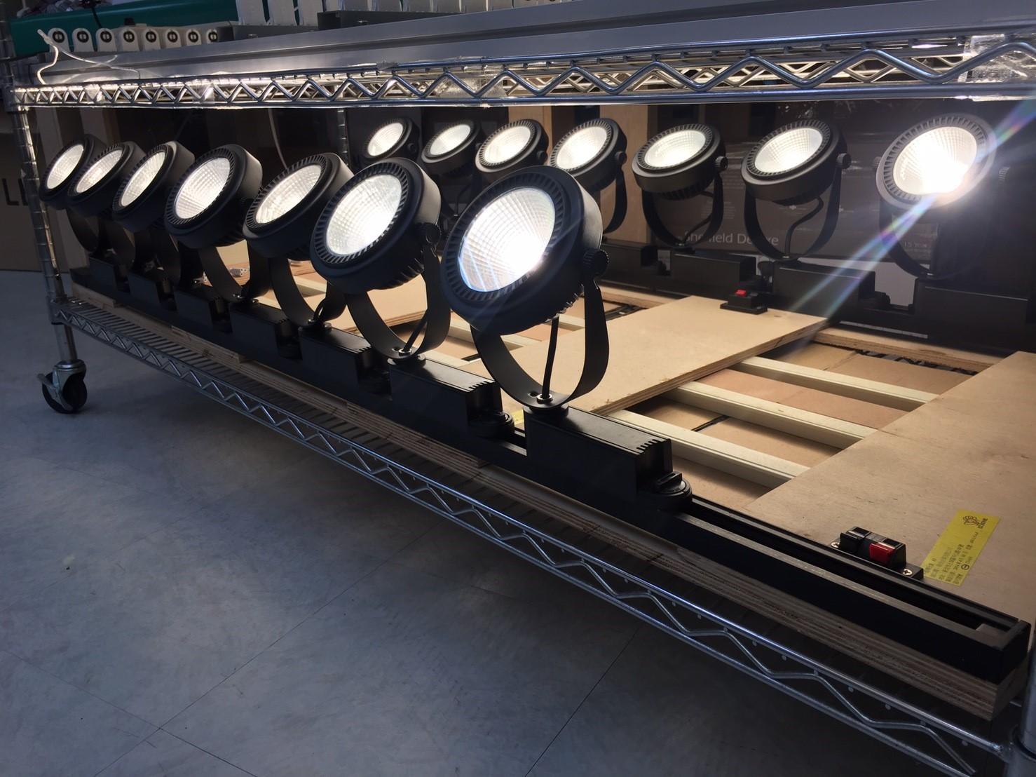 AR111壓鑄型外環式軌道燈161013_170209_0008