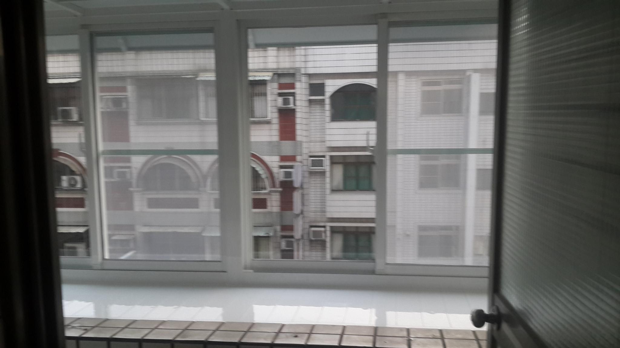 陽台窗_180726_0002