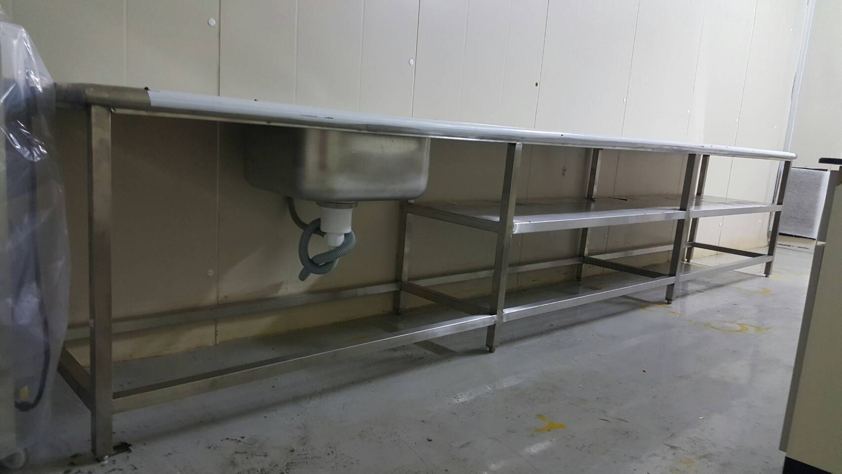 不銹鋼製品-工作桌+水槽