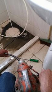 衛浴設備按裝