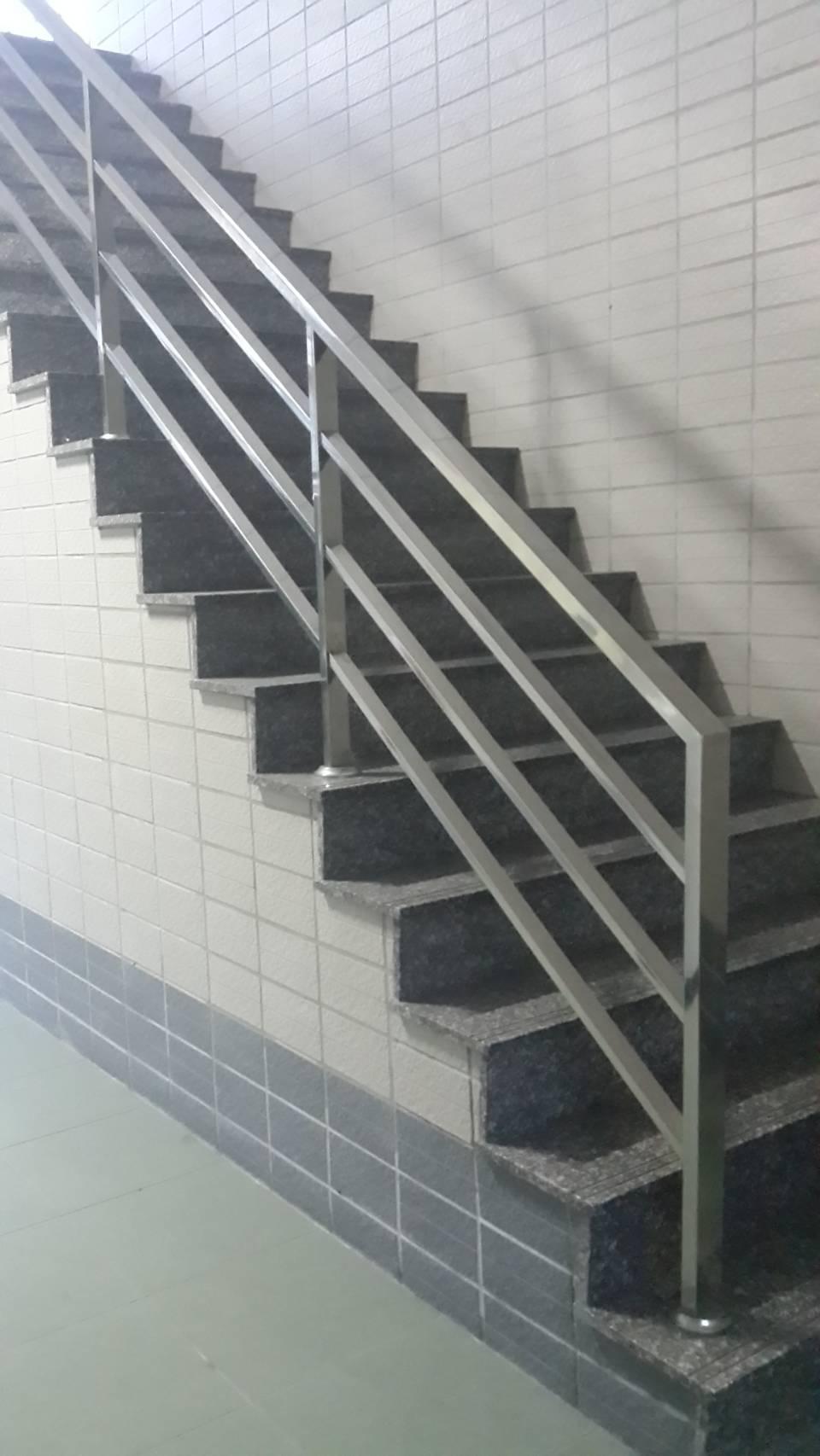 不銹鋼樓梯扶手 (2)