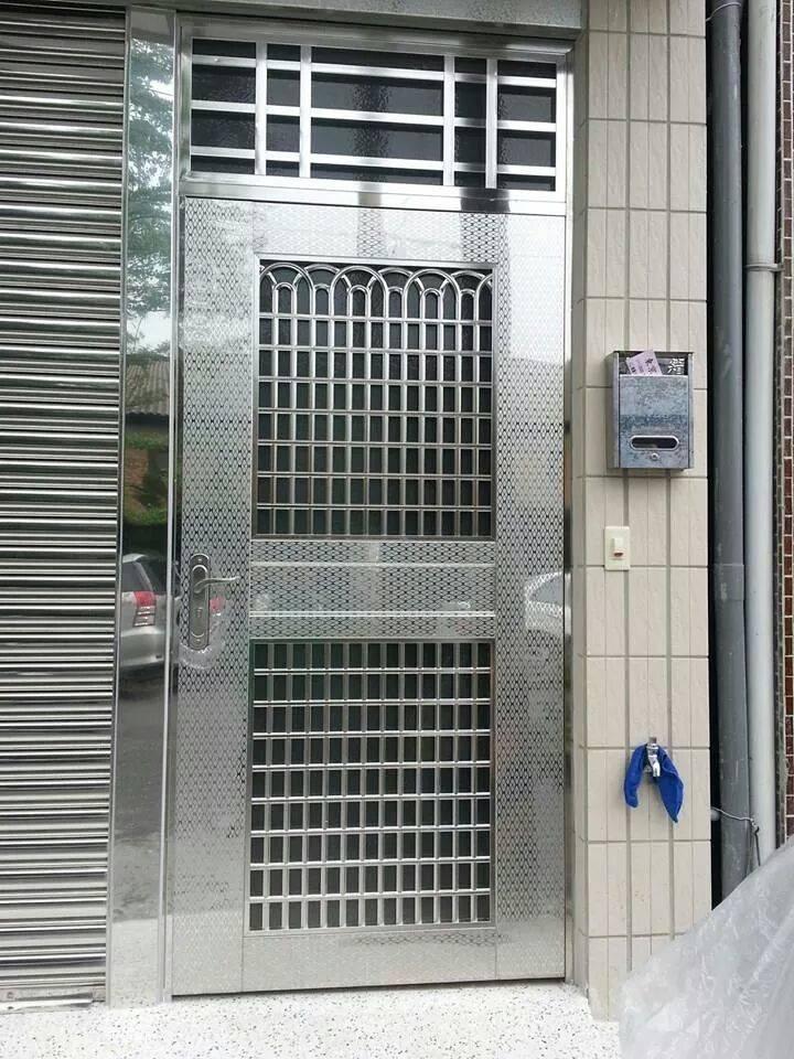 不銹鋼鐵門
