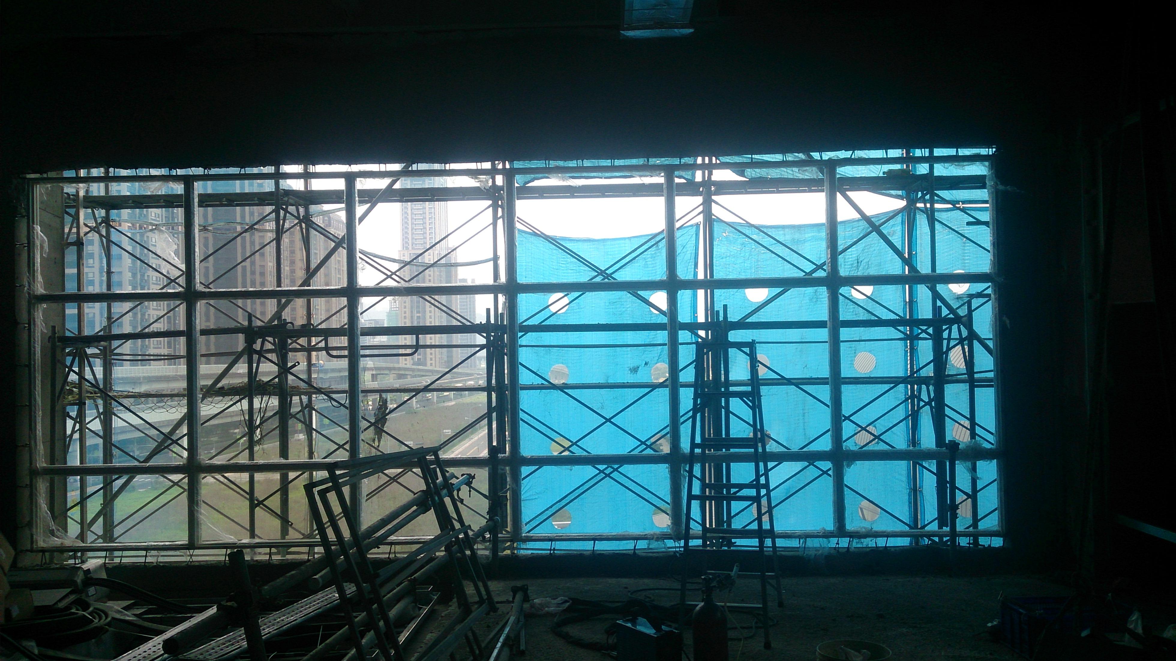 台北捷運固定窗