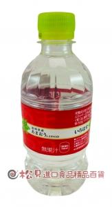 可口可樂草莓風味水340ml【4902102122771】